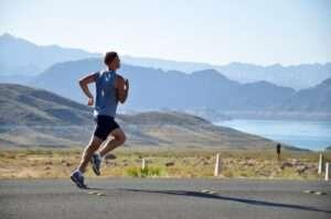 ممارسة الرياضة بشكل منظم ودوري ستساعدك في تجنب التعرض لهشاشة العظام