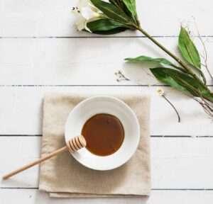 كيف أميز عسل السمر الأصلي من عسل السمر المغشوش ؟