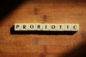 الأطعمة الغنية بالبريبيوتيك والبروبيوتيك ستساهم في تقوية جهاز مناعتك.