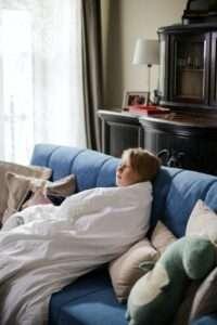 الفرق بين الزكام ونزلات البرد عند الأطفال